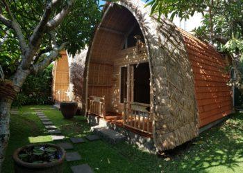 lumbung wooden huts